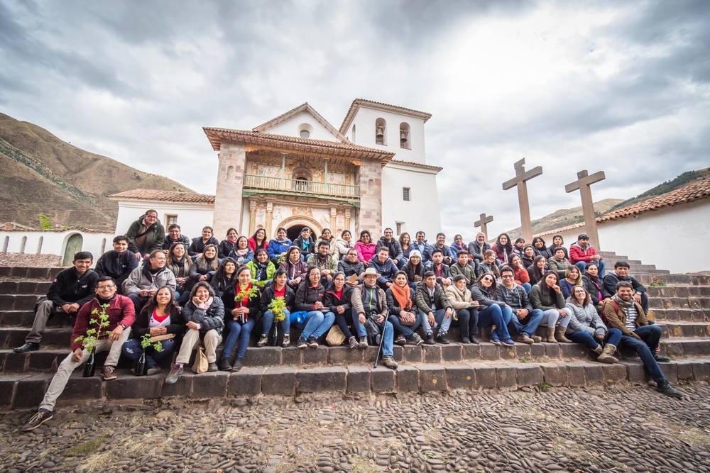 tour cusco andahuaylillas